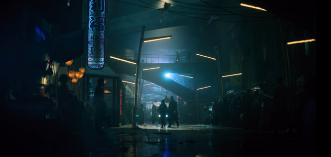"Lower Street in ""Altered Carbon"" (2018), © Netflix"