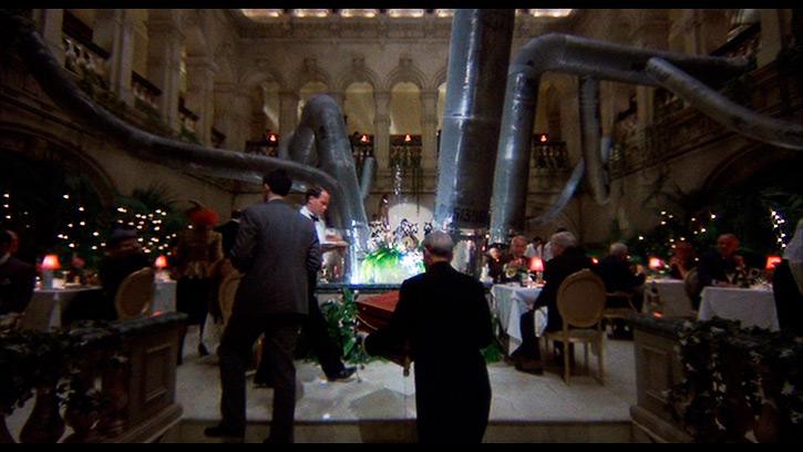 "Restaurant in ""Brazil"" (1985) [00h:19m:07s]"